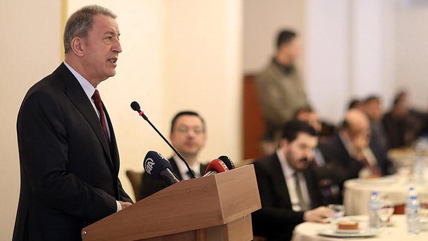 Milli Savunma Bakanı Akar'dan Suriye'ye operasyon mesajı