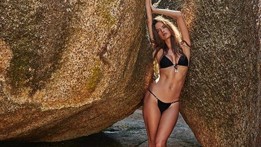 'Kayaları çatlatan güzellik Alessandra'