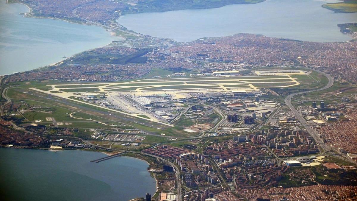 Atatürk Havalimanı'nda bir devir kapanıyor