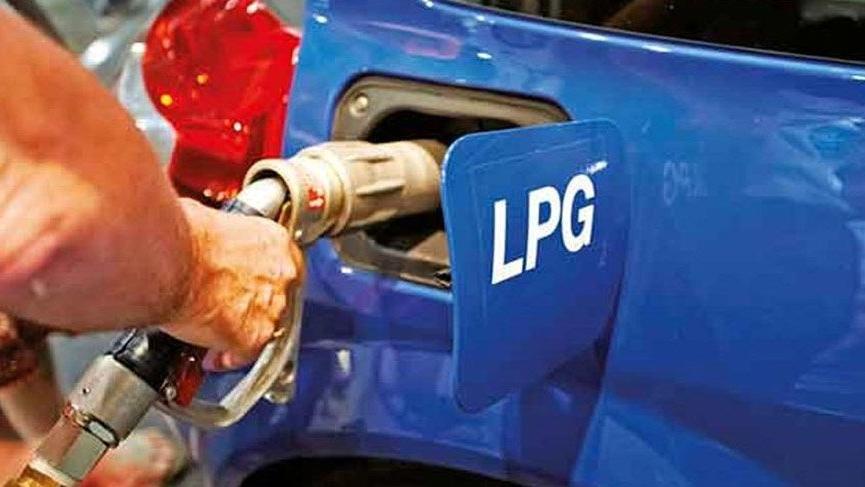 Benzin ve motorinin ardından bir zam da otogaza!