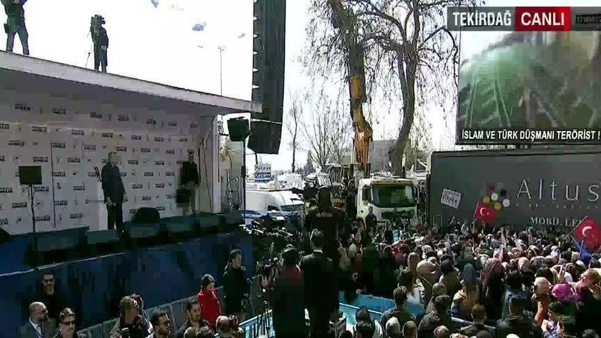 AKP mitinginde sinevizyon detayı! Katliam görüntüsü canlı yayınlandı...