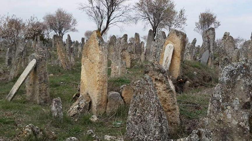 Denizli'de bulunan tarihi mezarlık