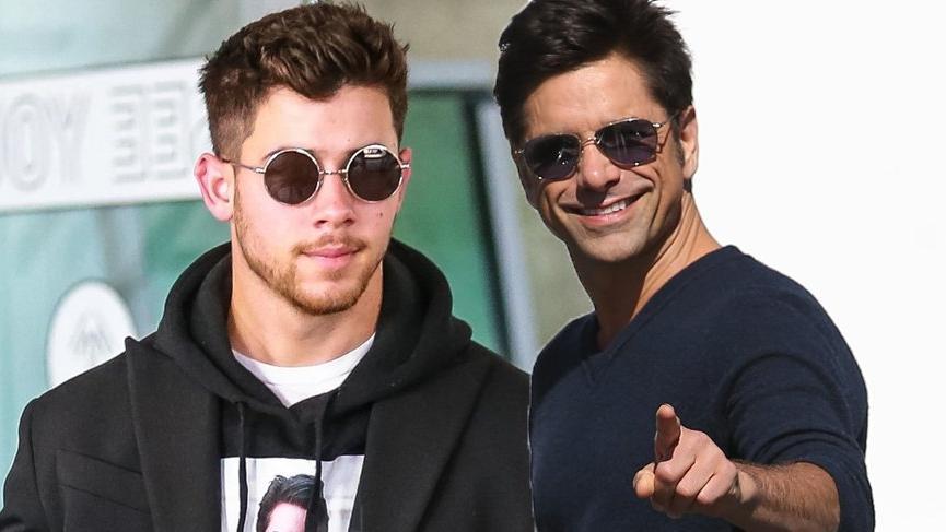 John Stamos ve Nick Jonas sevgilerini ilginç bir şekilde ifade etti