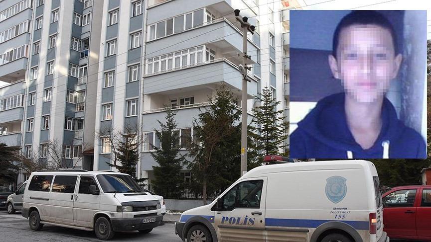 Kız arkadaşının 4'üncü kattaki evinin balkonundan düşen genç yaralandı