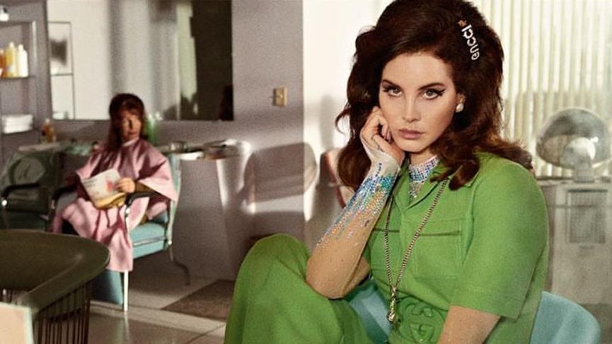 Lana Del Rey şiir kitabını 1 dolardan satacak