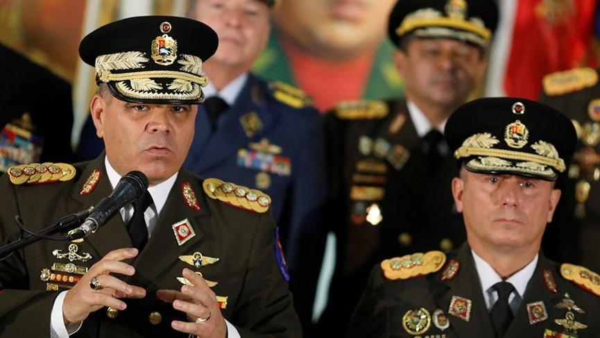 Venezuela Savunma Bakanı Lopez, ABD ile böyle alay etti: Emri verdim!