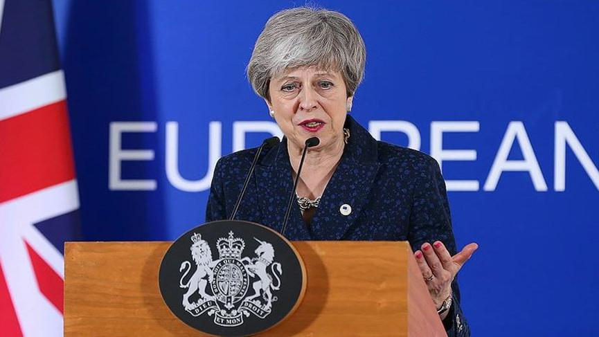 İngiltere Başbakanı May: İstifaya hazırım