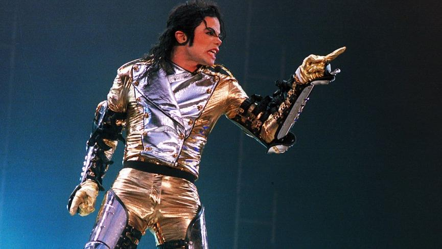 Louis Vuitton ve Virgil Abloh Michael Jackson koleksiyonunu iptal etti