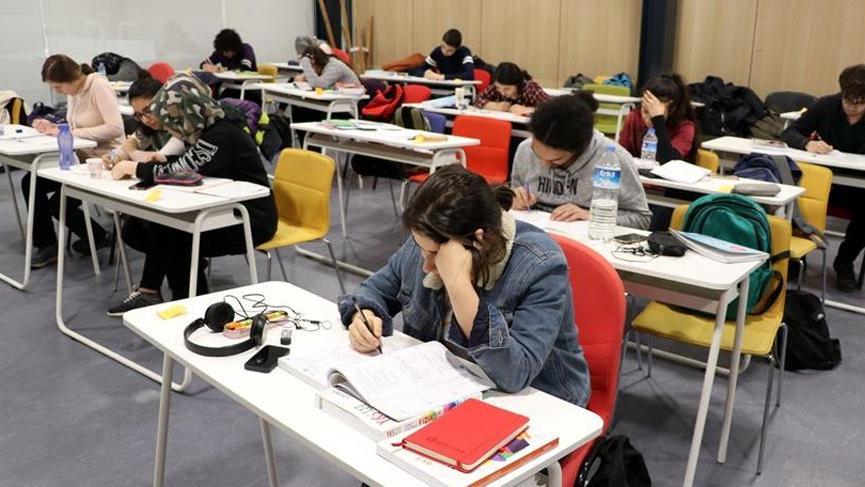 'Açık öğretimli öğrenci sayısı lisanslı ve önlisanslıyı geçti'