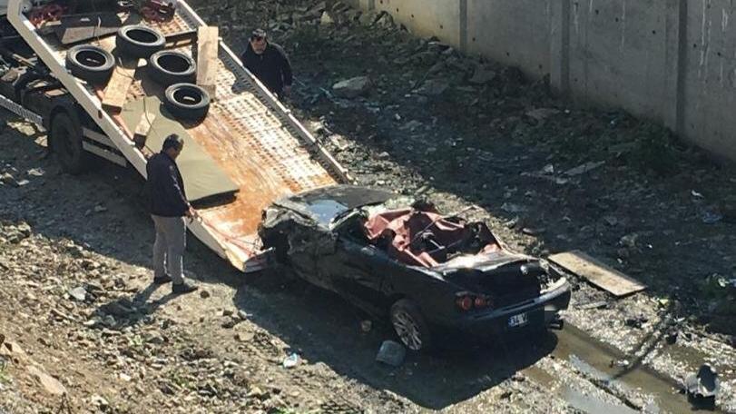Maslak'ta dere yatağına uçan aracın sürücüsü öldü