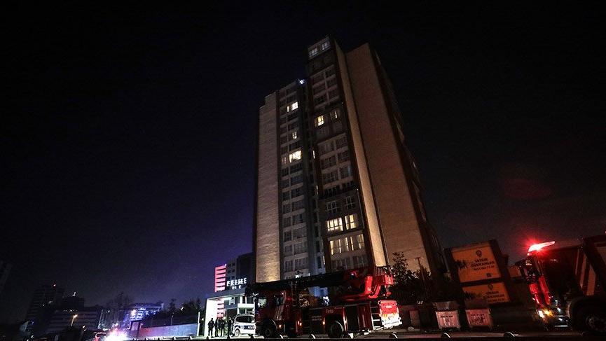 Bağcılar'da otelde yangın paniği