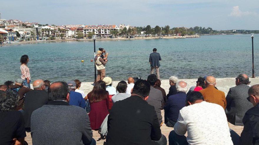 '21 Mart Dünya Şiir Günü'nde denize karşı şiir okudular