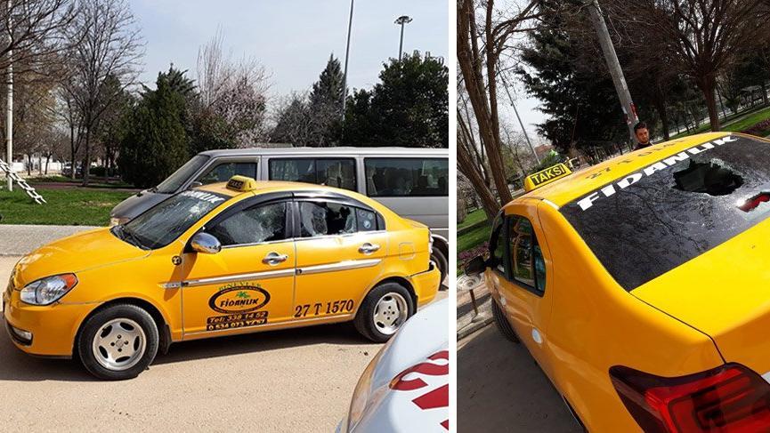 Taksicilerin yolcu kavgası kanlı bitti: 2 yaralı