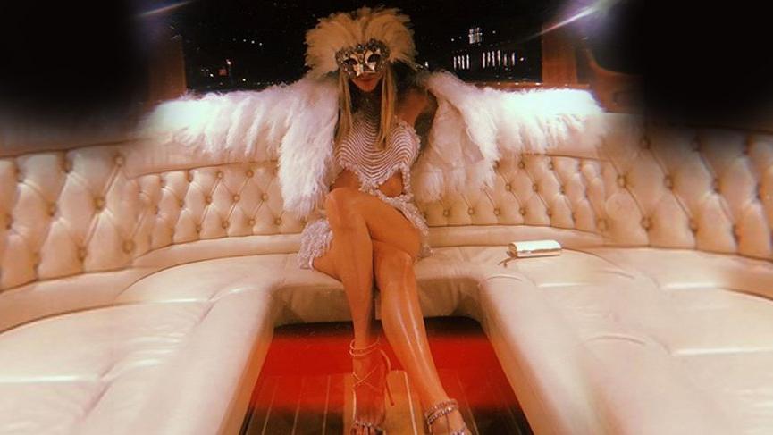 Şeyma'nın paylaşımına yorum: Kadının bacağı geleceğimden...