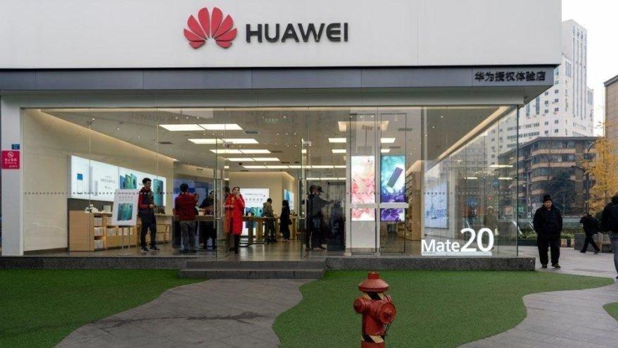Huawei avukatları 'İran'a yaptırımları delme' suçlamasını reddetti