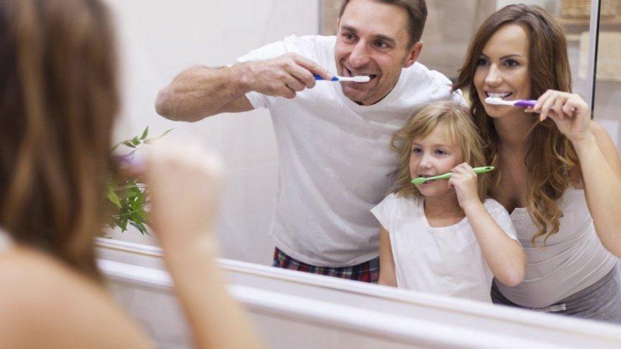 Diş fırçalarken dikkat edilmesi gerekenler