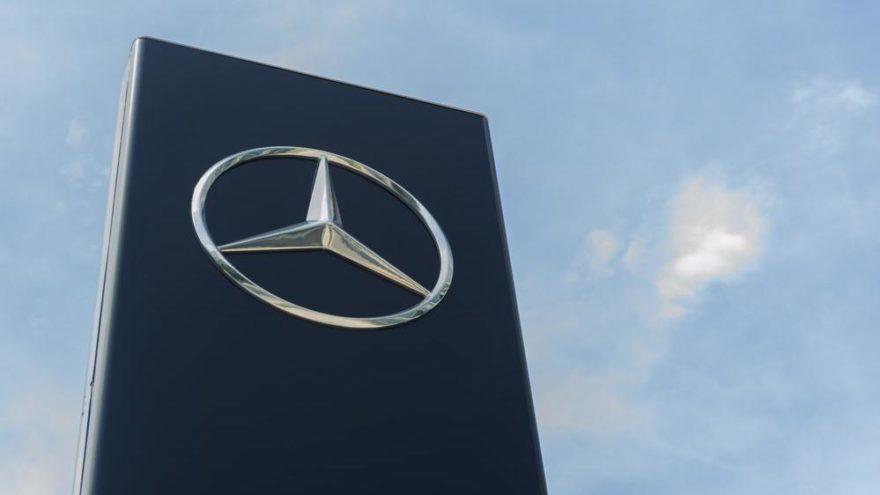 Mercedes-Benz Türk'e iki büyük ödül!
