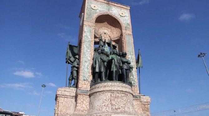 Taksim Cumhuriyet Anıtı ne zaman açıldı? (Oyna Kazan 22.30)