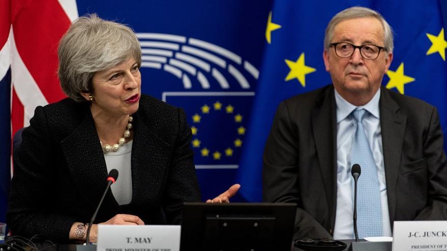 May: Brexit Anlaşması'nda bağlayıcı değişiklikler üzerinde AB'yle uzlaştık
