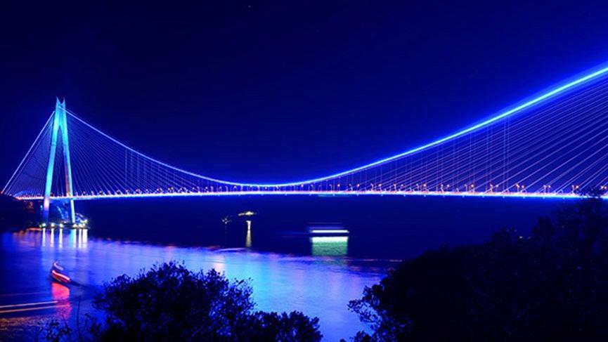 Yavuz Sultan Selim Köprüsü mavi ışıklarla aydınlanacak