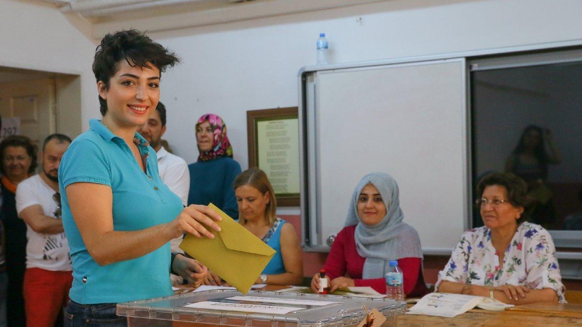 İzmir seçim sonuçları belli oldu mu?