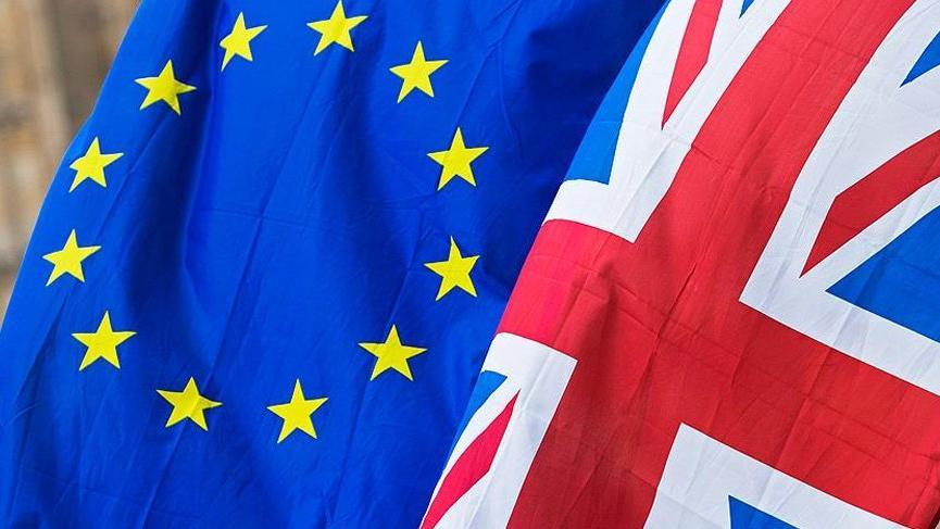 May'den anlaşmasız Brexit açıklaması!