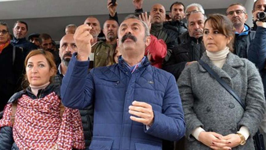 TKP'li Fatih Mehmet Maçoğlu mazbatasını aldı