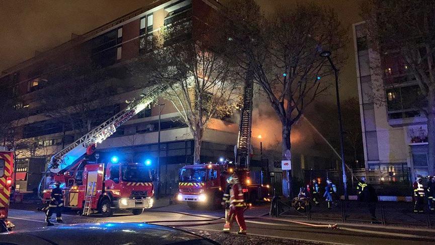 Son dakika: Fransa'nın başkenti Paris'te şiddetli patlama! Yaralılar var