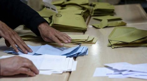 AKP'den 'seçilen başkanın yerine başkanlığı bize verin' başvurusu