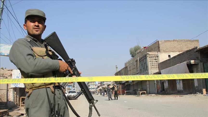 Taliban polis karakolunu vurdu: 4 ölü