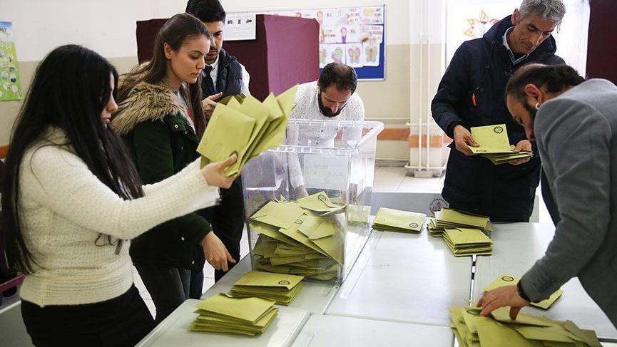 Son dakika... AKP, İstanbul'da 38 ilçedeki oyların yeniden sayılmasını istedi