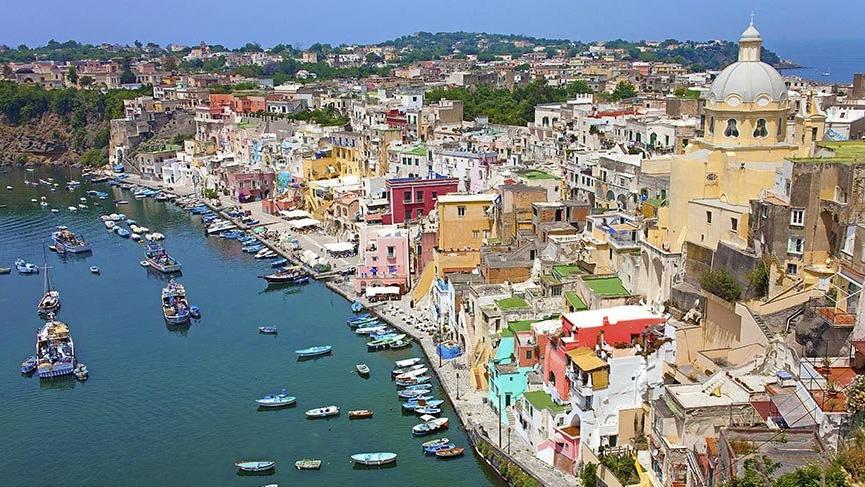 Avrupa'da bir cennet ada: Procida