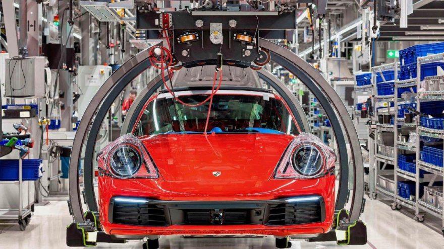 Porsche CO2 emisyonunu azalttı!
