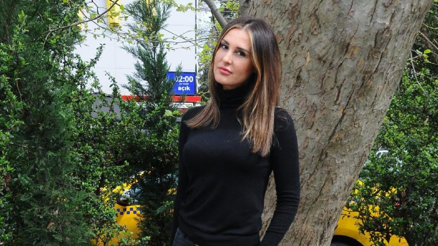 Ebru Destan: Ağlamaktan gözlerim şişti