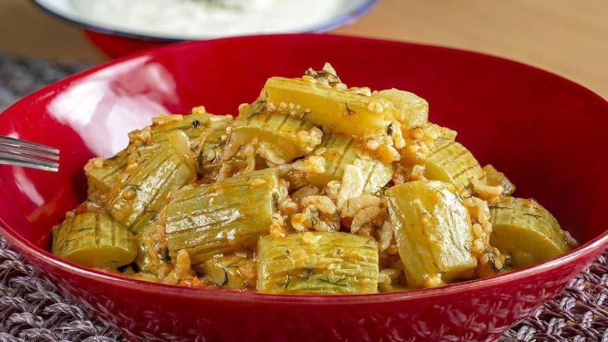 Kabak yemeği tarifi: Pratik ve sağlıklı bir akşam yemeği! Kabak yemeği nasıl yapılır?