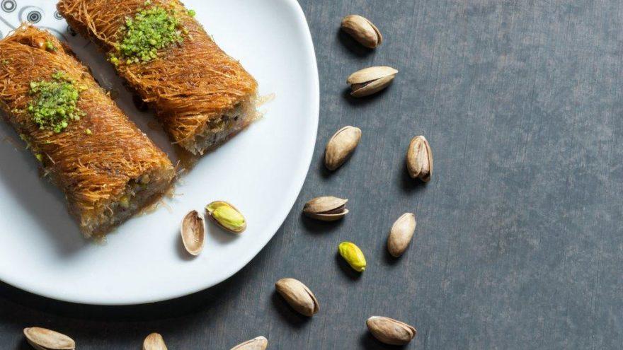 Kadayıf dolması nasıl yapılır? Çıtır çıtır geleneksel lezzet! İşte kadayıf dolması tarifi ve malzemeleri…