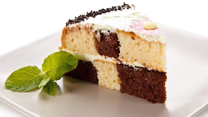 Çikolatalı Hindistan cevizli pasta tarifi… Evde kolay pasta nasıl yapılır? İşte faydaları ile hindistan cevizli pasta yapılışı