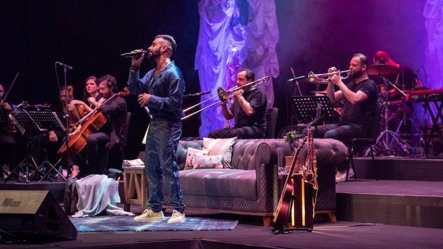 Gökhan Türkmen'den etkileyici konser