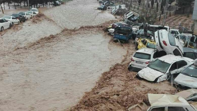 İran'da sel felaketinde ölenlerin sayısı 76'ya yükseldi