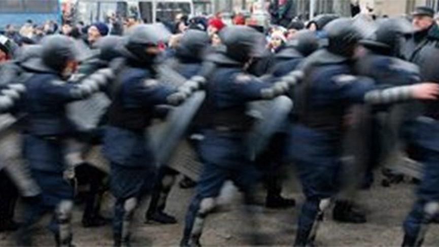 Kiev'de bomba alarmı! Yüzlerce kişi tahliye edildi