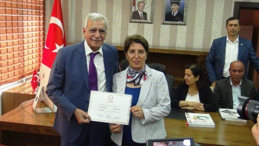 HDP'li Ahmet Türk göreve başladı