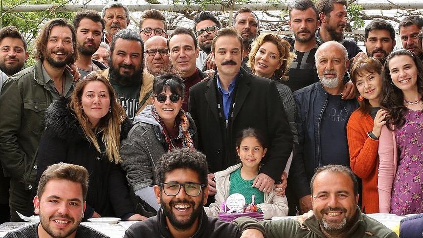 Ufuk Özkan'a sürpriz doğum günü kutlaması yaptılar