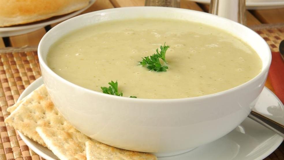 Sütlü kereviz çorbası nasıl yapılır?