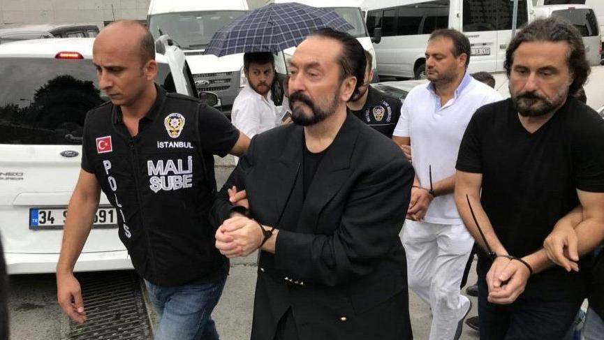 Adnan Oktar suç örgütüne yönelik soruşturmada tahliye