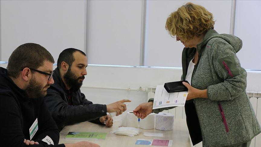 Kuzey Makedonya'da cumhurbaşkanlığı seçimi ikinci tura kaldı