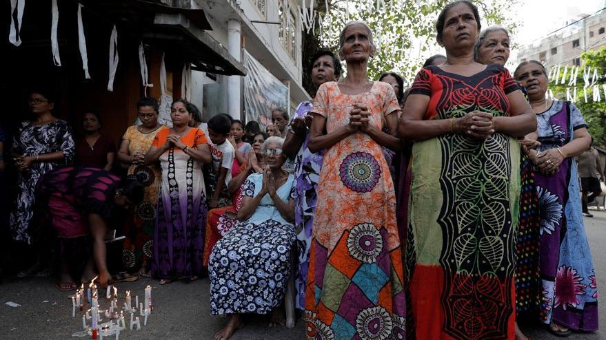 Sri Lanka'da ölü sayısı 310'a yükseldi, OHAL ilan edildi