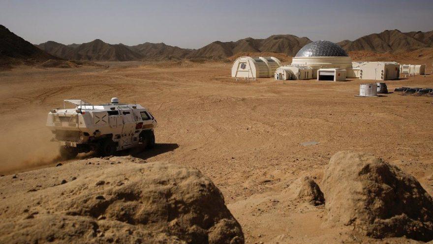 NASA'dan tarihi tespit! Mars'ta ilk deprem kaydedildi