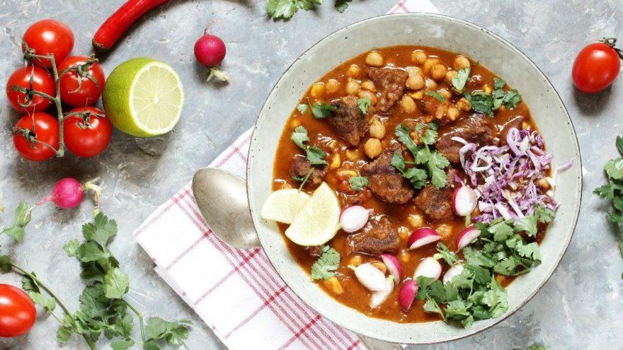 Besleyici ve pratik bir yemek olan etli nohut tarifi: Etli nohut yemeği nasıl yapılır?