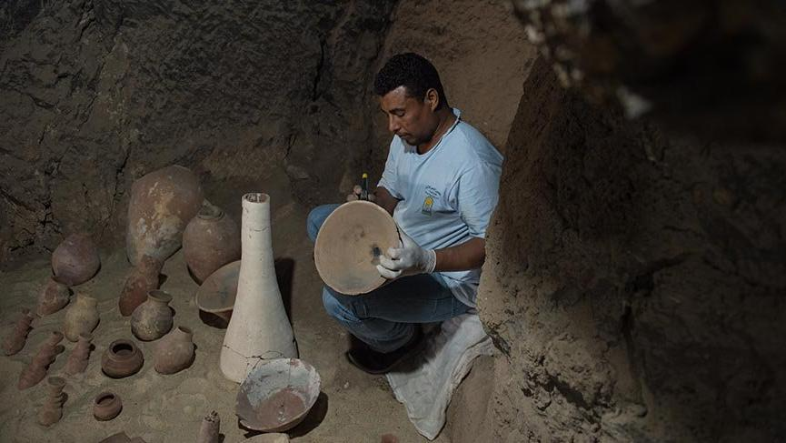 Mısır'da 3500 yıllık antik mezar bulundu