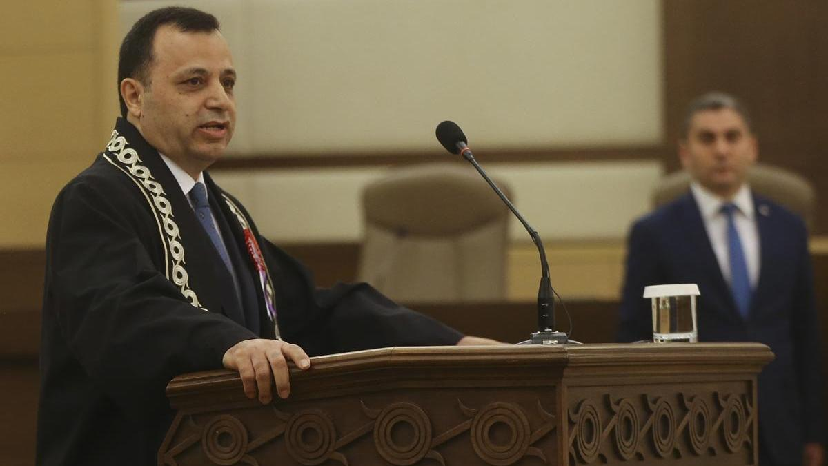 Anayasa Mahkemesi Başkanı Arslan: Hâkim ve savcılar baskı ve tesiri  kayıtsız şartsız reddederler - Güncel haberler
